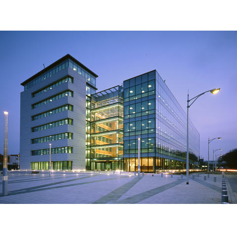 General view of office building in Issy les Moulineaux, France, photo Paul Maurer